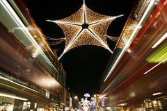 Jullampor i London Arkivfoton