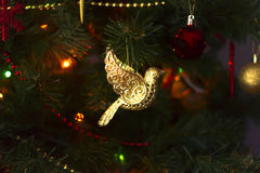Julleksak, guld- fågel Royaltyfri Fotografi