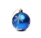 Julleksak i form av blåa bollar Arkivbild