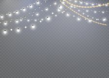 Julljus som isoleras på en genomskinlig bakgrund Glödande girland för jul garnering för det nya året och julen Ljus E vektor illustrationer