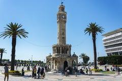 Jully 08, 2017: Wierza buduje w Osmańskim architektonicznym stylu symbol Izmir Zdjęcie Stock