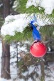 Jullynne, julgarnering för julgranen nytt år arkivfoto