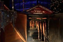 Julmarknad i Berlin - rökt lax Royaltyfria Foton