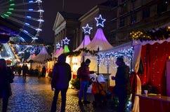 Julmarknad på natten i Köpenhamn Royaltyfria Bilder
