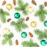 Julmodell av vintergröna träd och skinande garnering på vit bakgrund nytt år för sammansättning Lekmanna- lägenhet, bästa sikt fotografering för bildbyråer