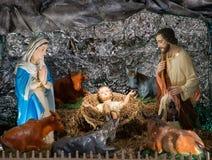 Julplatsen med behandla som ett barn Jesus Arkivfoton