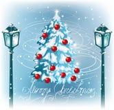 Julpälsträd och tappningstreetlamp Royaltyfri Fotografi