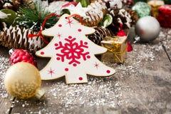 Julprydnadar på trä Royaltyfri Bild