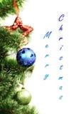 Julprydnader som hänger från jul Arkivfoto
