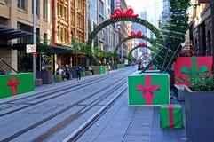 Julpynt George Street, Sydney, Australien fotografering för bildbyråer