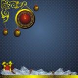 Julpynt och guld- watch Royaltyfri Foto