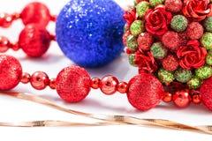 Julpynt- och julgåvor Arkivfoton
