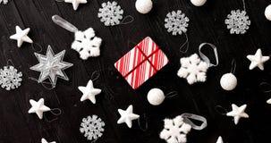 Julpynt som läggas i beställning arkivfoton