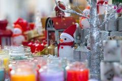 Julpyntförsäljningsgata Royaltyfria Bilder