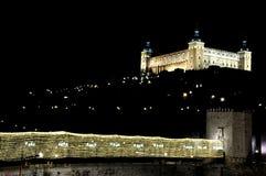 Juls ljus i Toledo, Spanien Luces de Navidad en Toledo, España royaltyfria foton