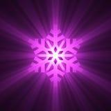 julsignalljuslampa - purpur snowflake Arkivbilder