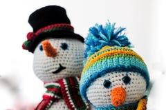 Julskönhet med snögubben Fotografering för Bildbyråer