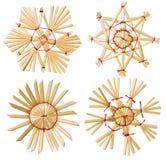 Julsnöflingastjärna Straw Hanging Decoration, isolerad vit royaltyfria bilder