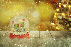 Julsnöjordklot nytt år Royaltyfria Bilder