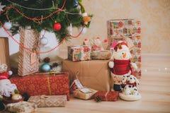 Jultappninggåvor Royaltyfria Bilder