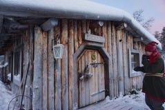 Jultomten kabin Royaltyfria Foton