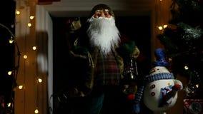 Jultomten på julen stock video