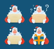 Jultomten som läser en uppsättning för bokstavsframsidauttryck Arkivbilder