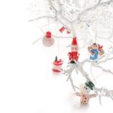 Jultoys på den vita filialen Arkivfoton