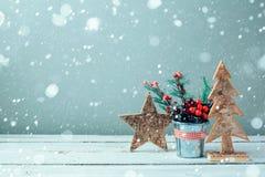 Julträlantlig träd och stjärna royaltyfri fotografi