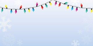 Julvinterbakgrund med snöflingor och färgrika felika ljus vektor illustrationer