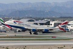 Jumbo de British Airways Boeing 747 que saca del aeropuerto internacional de Los Ángeles foto de archivo