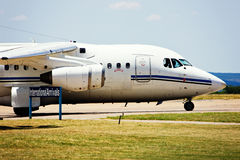 Jumbo jet airliner on runway Royalty Free Stock Photos