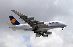 Jumbo-jet del Airbus A-380 Immagini Stock
