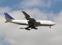 Jumbo jet in flight Royalty Free Stock Photos