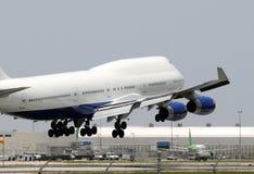 Free Jumbo Jet Landing Stock Photography - 10217652