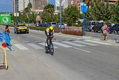 Jumbo Rider Followed By Team Car del lotto Fotografia Stock