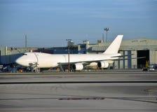 Jumbojet vóór vlucht stock afbeelding