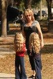 Jumeaux dans l'ennui Photographie stock