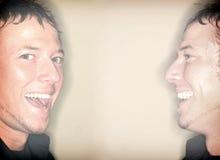 Jumeaux heureux image stock