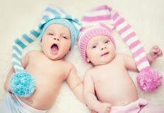 Jumeaux nouveau-nés Photo stock