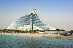 Jumeirah Wyrzucać na brzeg hotel, luksusowy hotel z privat plażą, Dubaj, UAE obrazy royalty free