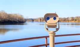 Jumelles et Montgomery Riverfront payés d'observation Photos libres de droits