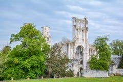 Jumieges修道院,被破坏的本尼迪克特的修道院在诺曼底,法国 免版税库存照片