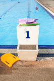 Jumping stantd swimming pool Royalty Free Stock Photography