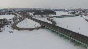 Junção de estrada no inverno filme