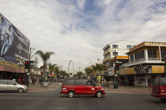 Junção na rua principal de Tijuana fotografia de stock