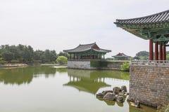 Jun 22, 2017 Donggung pałac i Wolji staw w Gyeongju, południe K Fotografia Stock