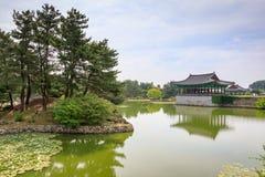Jun 22, 2017 Donggung pałac i Wolji staw w Gyeongju, południe K Zdjęcie Stock