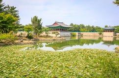 Jun 22, 2017 Donggung pałac i Wolji staw w Gyeongju, południe K Obraz Royalty Free