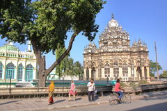 JUNAGADH, GUJARAT, ÍNDIA - 31 DE DEZEMBRO DE 2013: Mausoléu de Mahabat Maqbara Imagem de Stock Royalty Free